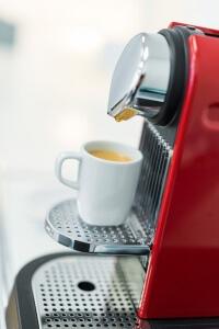 Praxis Rosenkranz Wartebereich Kaffeemaschine Nespresso