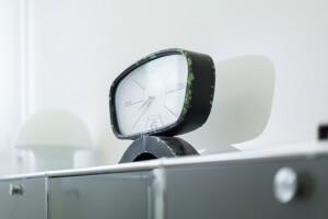 Praxis Rosenkranz Behandlungszimmer Uhr